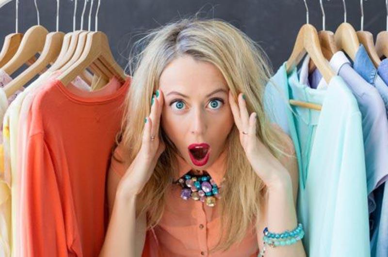 ¿Serías capaz de vivir con solo 10 prendas de ropa?